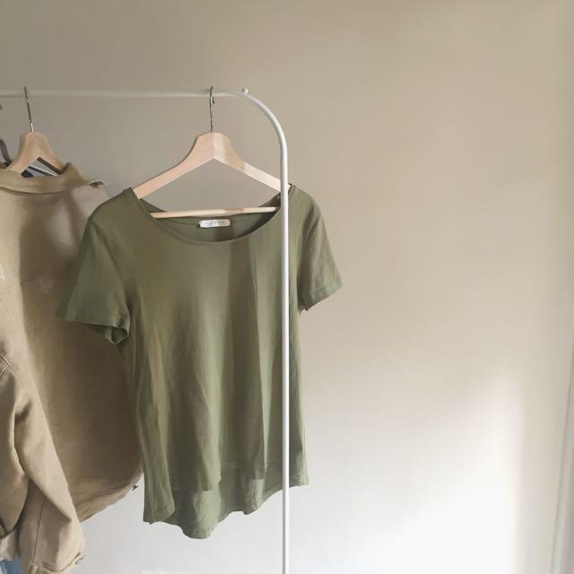 抹茶綠超顯白短袖t