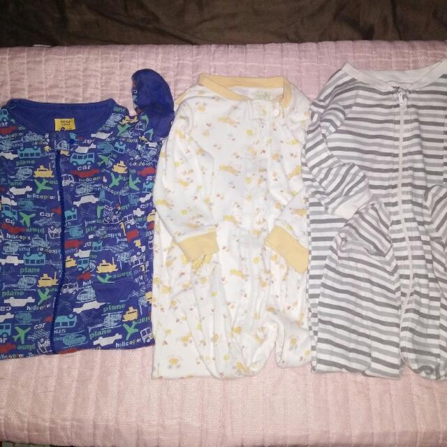 REPRICED! Take All! Auth! Gap Brand Top to Toe Shirt