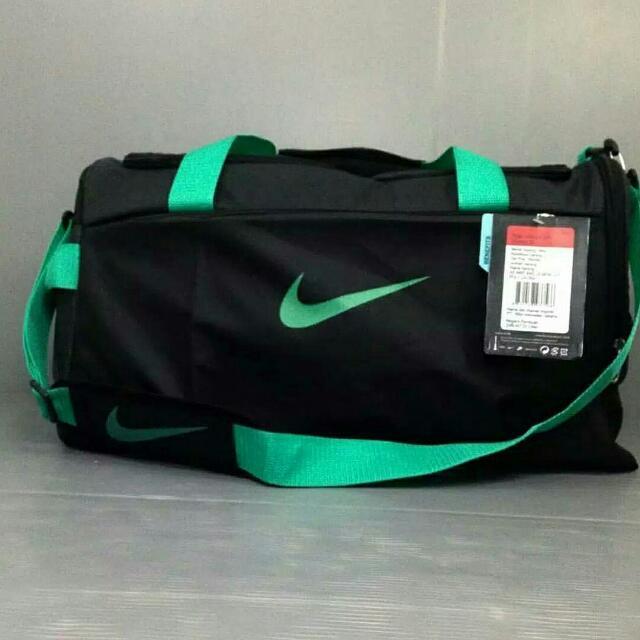 Tas Travel Nike Hitam List Hijau
