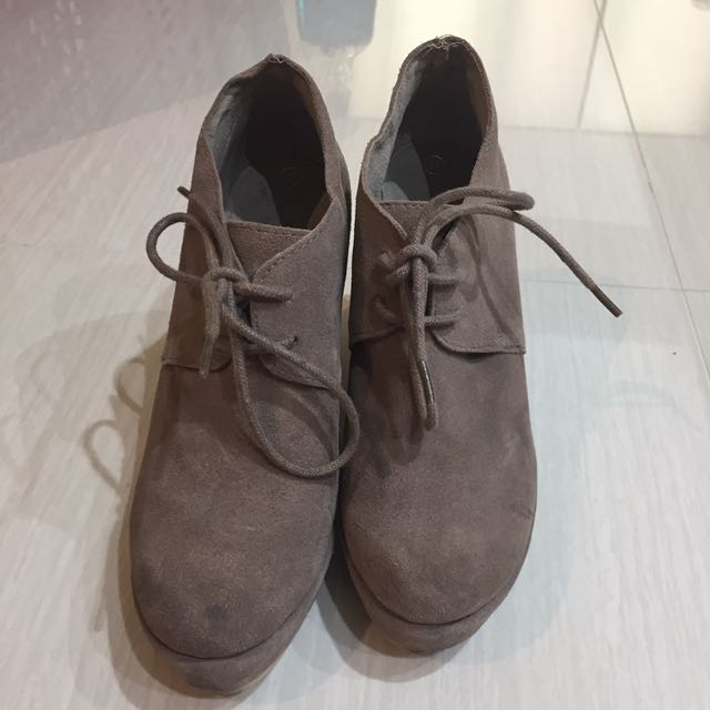 Taupe Suede Boston Wedges Size 7 / 37