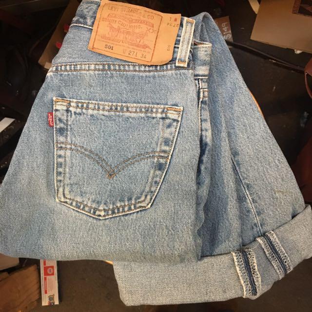 Vintage 501 Red Tab Levi's Jeans Sz 27