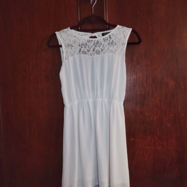 White Dress (Laced, Low-back)