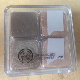 Body Shop Shimmer Cubes Palette 06