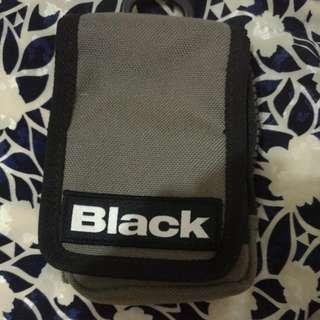 LIKE BLACK POUCH