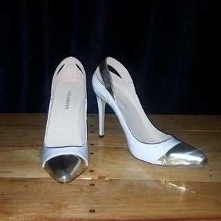 White And Gold Loslandifen Heels