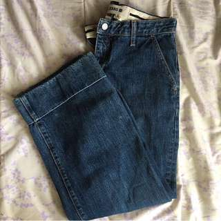 Gap Bootcut Capri Jeans