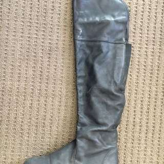 Lipstick Knee High Boots Size 6
