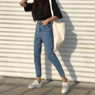High Waist Slim Fit Mom Jeans