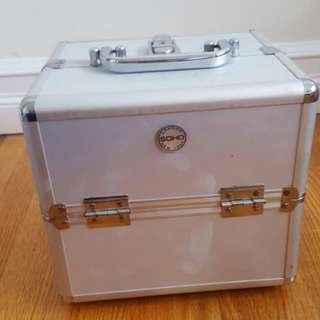 Makeup/Cosmetics Soho Container