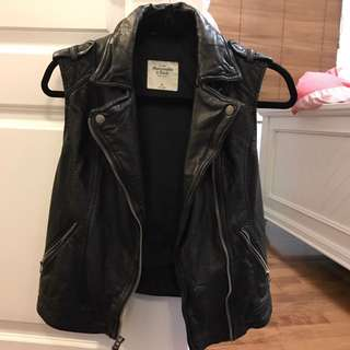 Abecrombie Vegan Leather Xs