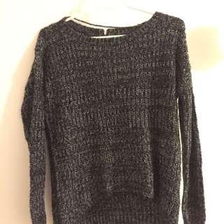 Cozy Veto Moda Sweater