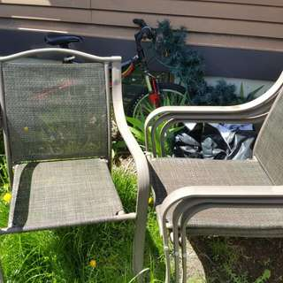 4 Stackable Beige N Brown Lawn Chairs