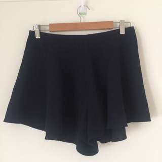 THE FIFTH - shorts -size M