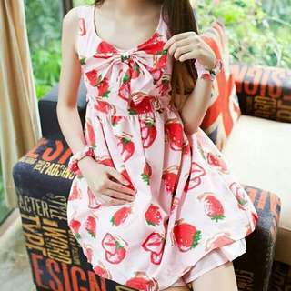 草莓 背心裙