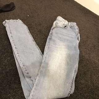 Size 6 Dotti Jeans.