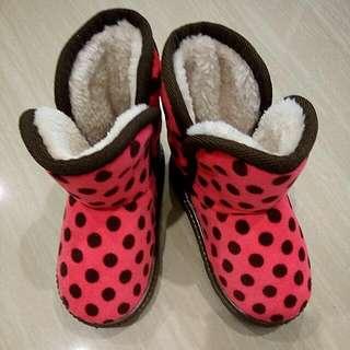 🚚 ✨二手特賣🎉可愛甜美桃紅圓點雪靴(尺寸26)