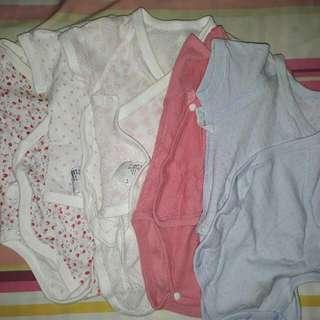 6pcs Uniqlo Baby Clothes 0-12mos