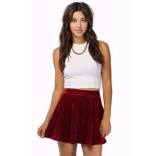 Tobi velvet skirt in red