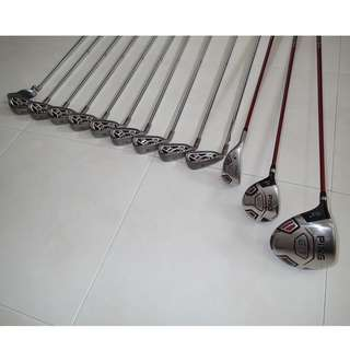 Left Handed Ping G15 complete golf set.