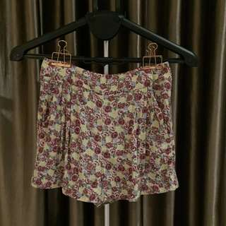 Dotti floral short