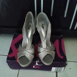 High-heels  Vioni By Payless