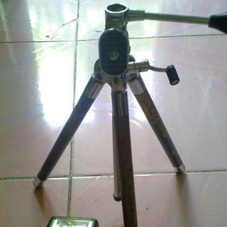 Vintage Camera Tripod And Canon Speedlite 200m