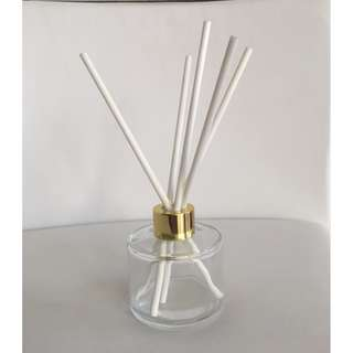 LUXURY 100ml CLEAR BOTTLE REED DIFFUSER WITH GOLD LID