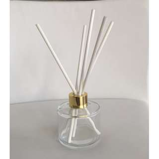 LUXURY 200ml CLEAR BOTTLE REED DIFFUSER WITH GOLD LID