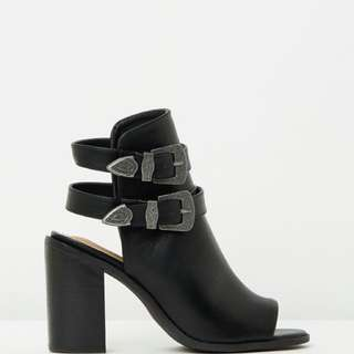 "SPURR ""Edeline Booties"" Size 8"
