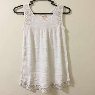 REPRICED! MOSSIMO   Off White Lacey Sleeveless