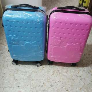 (New Arrivals) Brand New Hello Kitty 20 Inch Luggage Left Blue