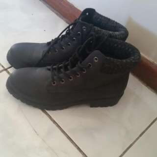 Size 9 Boots, Black, Only Worn For Couple Hours