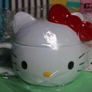Mug Kepala Hello Kitty