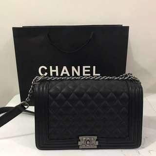 Chanel Le Boy (Medium)