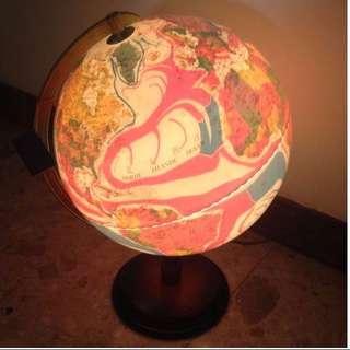 精美地球儀(有燈光模式)