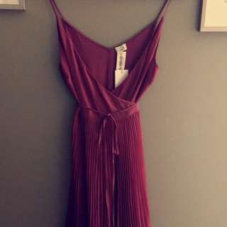 Mid Length Pleated Wrap Dress (size Small)