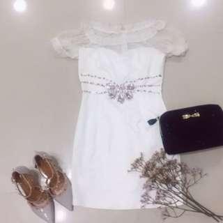 韓國純白蕾絲公主袖小禮服