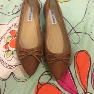 Steve Madden Pointy Shoes Size 5.5