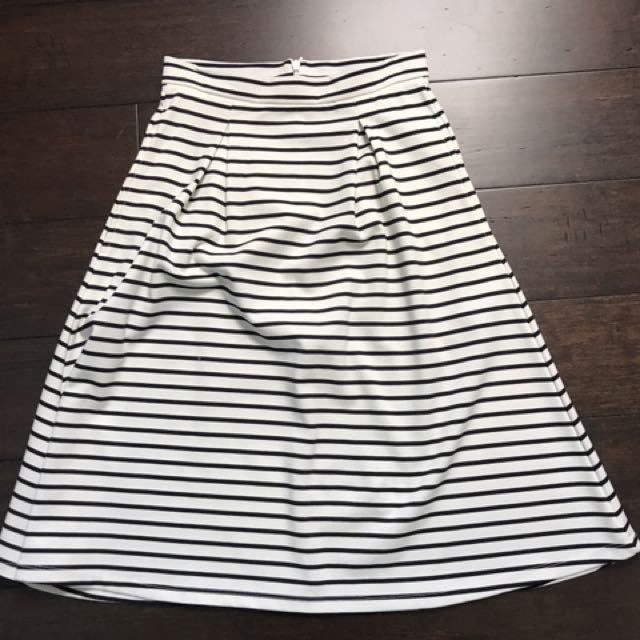 Bardot Skirt Size 6