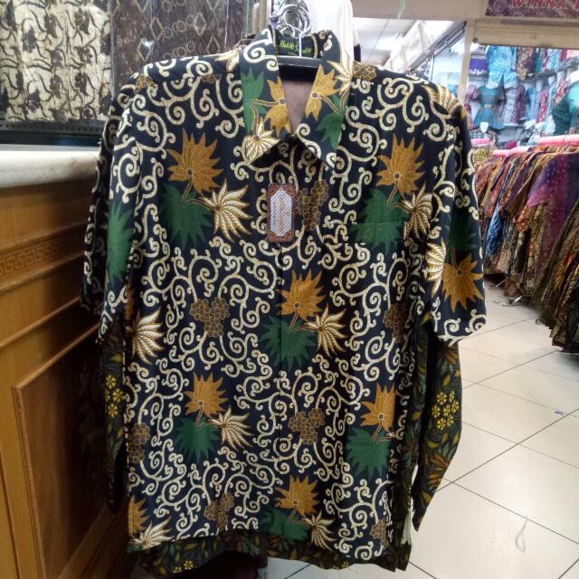 Batik Semi Sutra (daun)