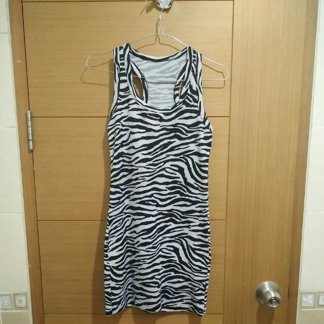 Body Fit Dress Zebra
