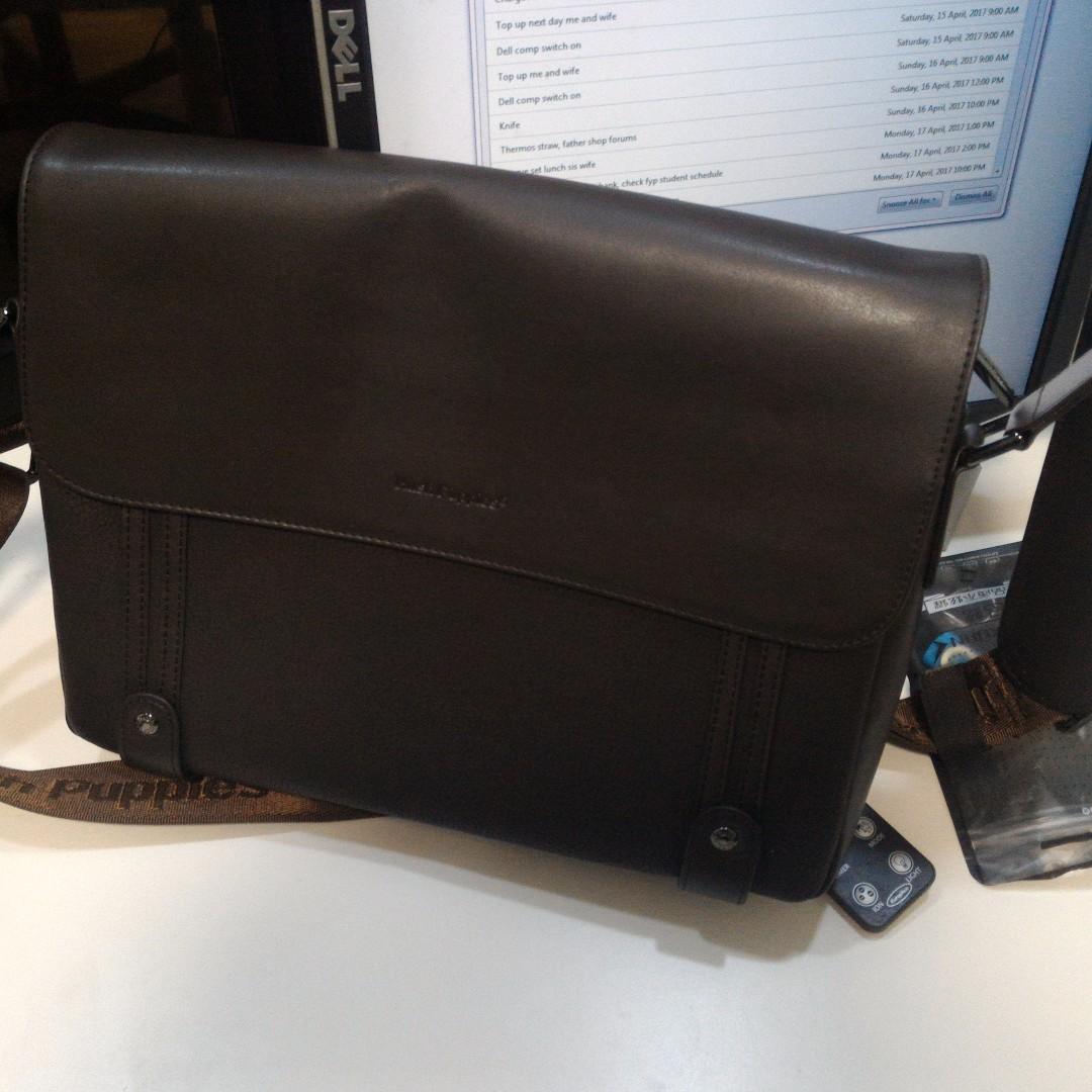 5fc4af643 Brand new Hush puppies men's sling bag, Men's Fashion, Bags ...