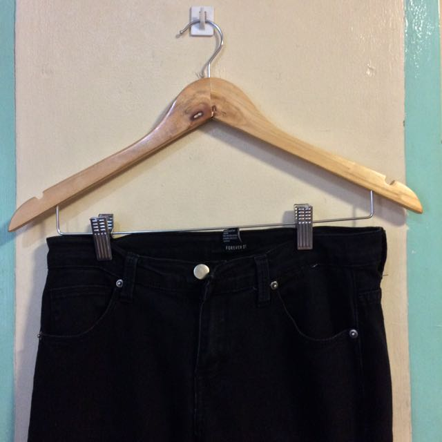 Forever 21 low-waist black pants
