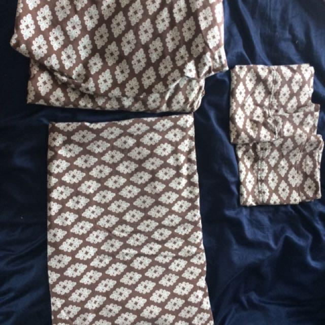 Full Set Of Matching Bedding