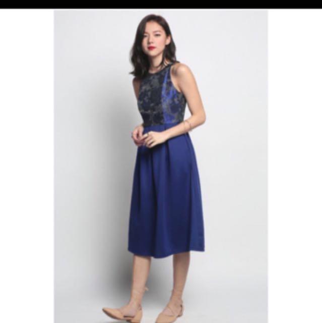 Love Bonito Bryssa Jacquard Midi Dress Size M
