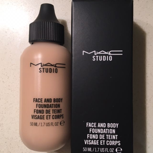 MAC Face And Body Foundation - N3