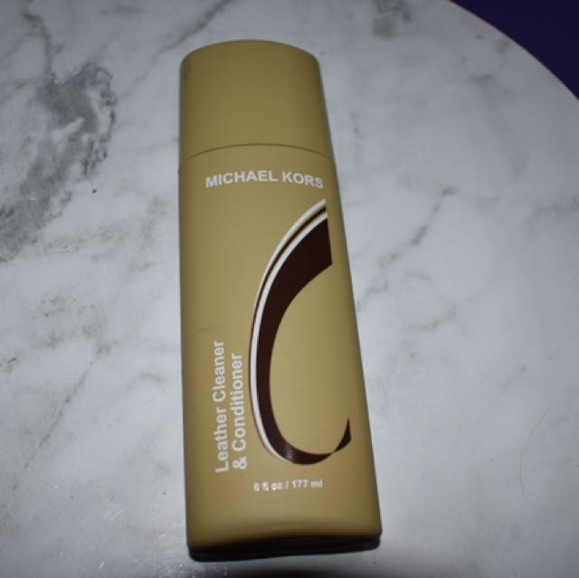 Michael Kors Treating Leather Cleaner And Conditioner