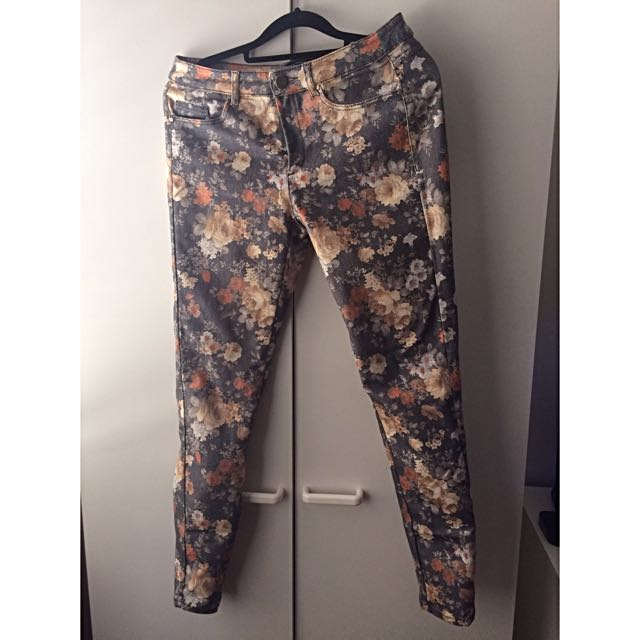 MNG Floral Jeans