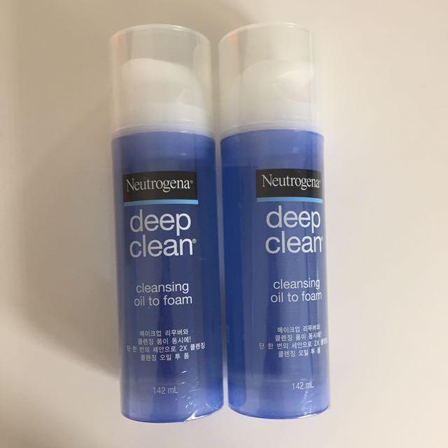 NEW! Neutrogena Deep Clean Cleansing Oil To Foam