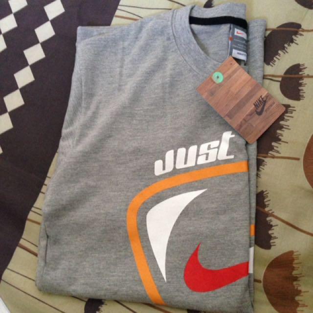 Nike S號